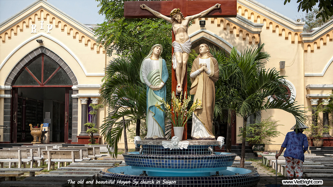 Huyen Sy church, heritage of the richest man in Saigon | www.VietBright.com