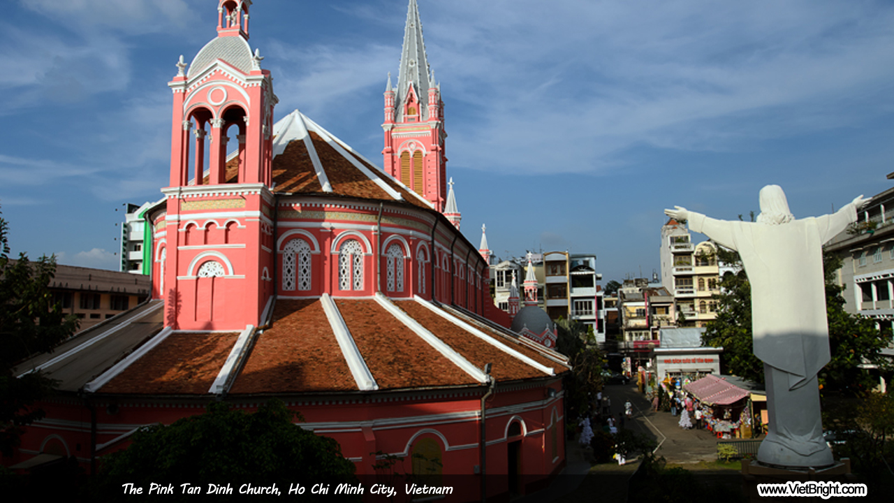 The Pink Tan Dinh Church in Ho Chi Minh city, Vietnam | www.VietBright.com