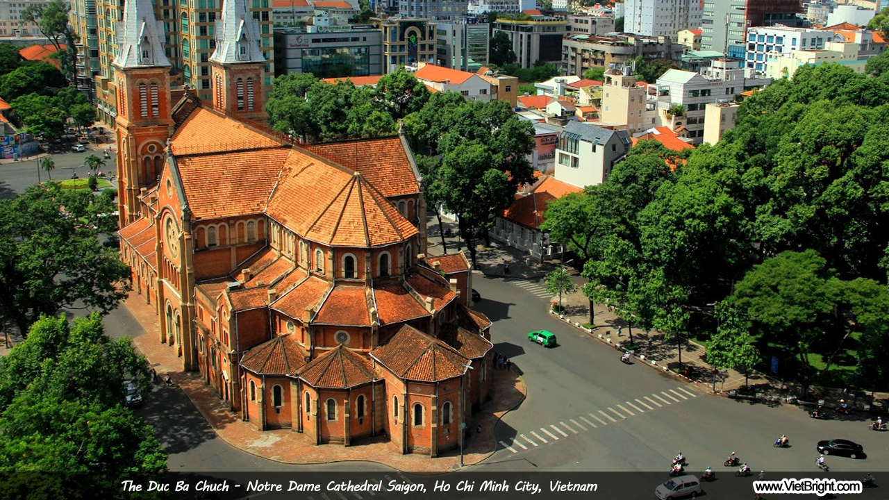 The Duc Ba church - Notre Dame Cathedral Saigon, Vietnam | www.VietBright.com